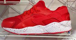 Женские кроссовки хуарачи Nike huarache Red