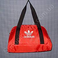 Cумка Adidas 114091 красного цвета женская из полиэстера в форме трапеции