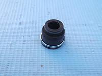 Сальник выпускного клапана  Nissan Prairie  K24E