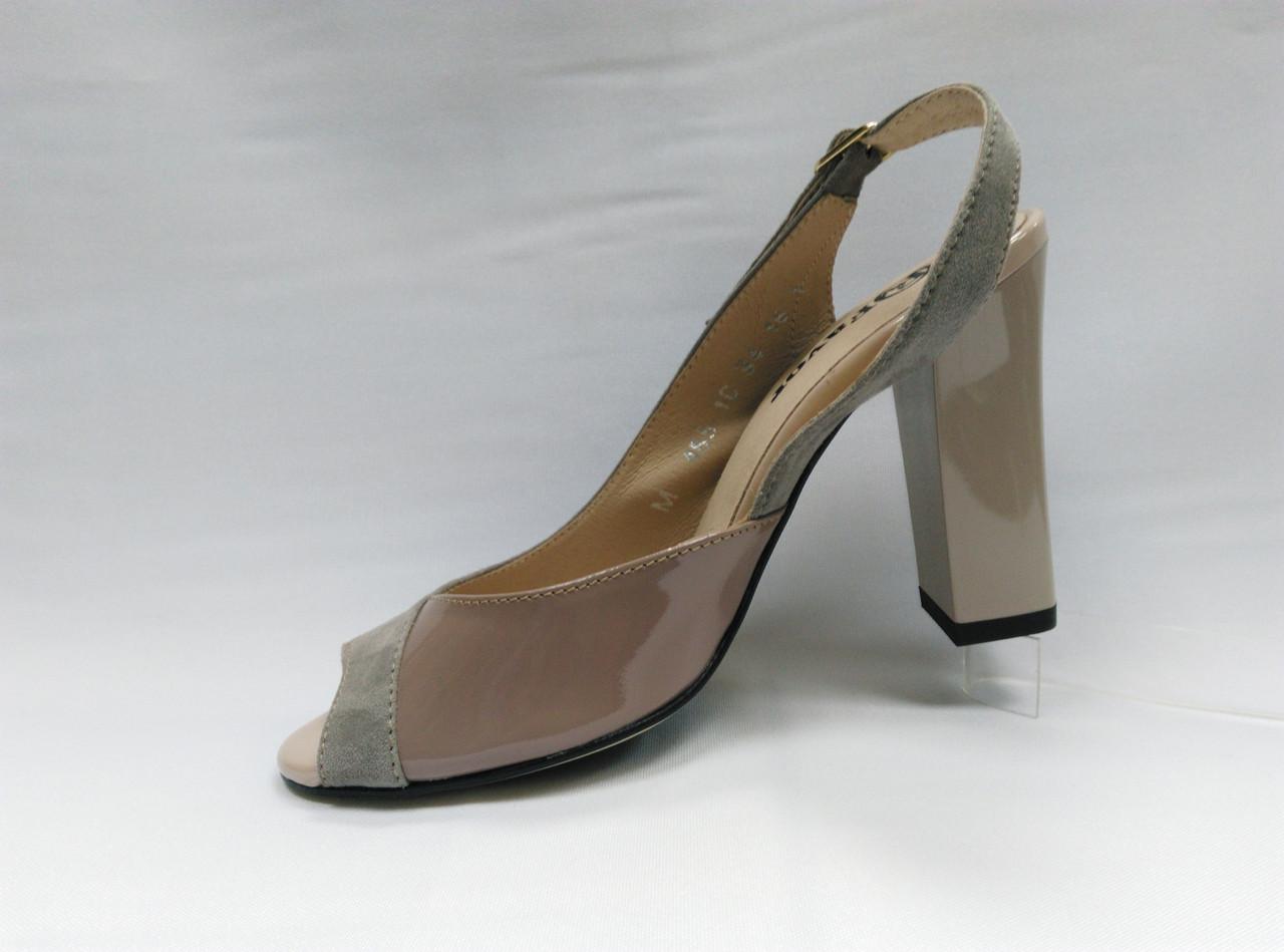 Замшевые босоножки на устойчивом каблуке . Маленькие и стандартные размеры. Украина.