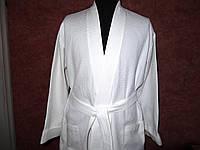Халат с планкой (мужской), р.48-50. Белый. Вафельное полотно пл. 220 г/м2, хлопок 100%.