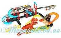 Трек гоночный инерционный Мир Динозавров 8899-93: 2 машинки + динозавр (англ. язык), 120х75х25см