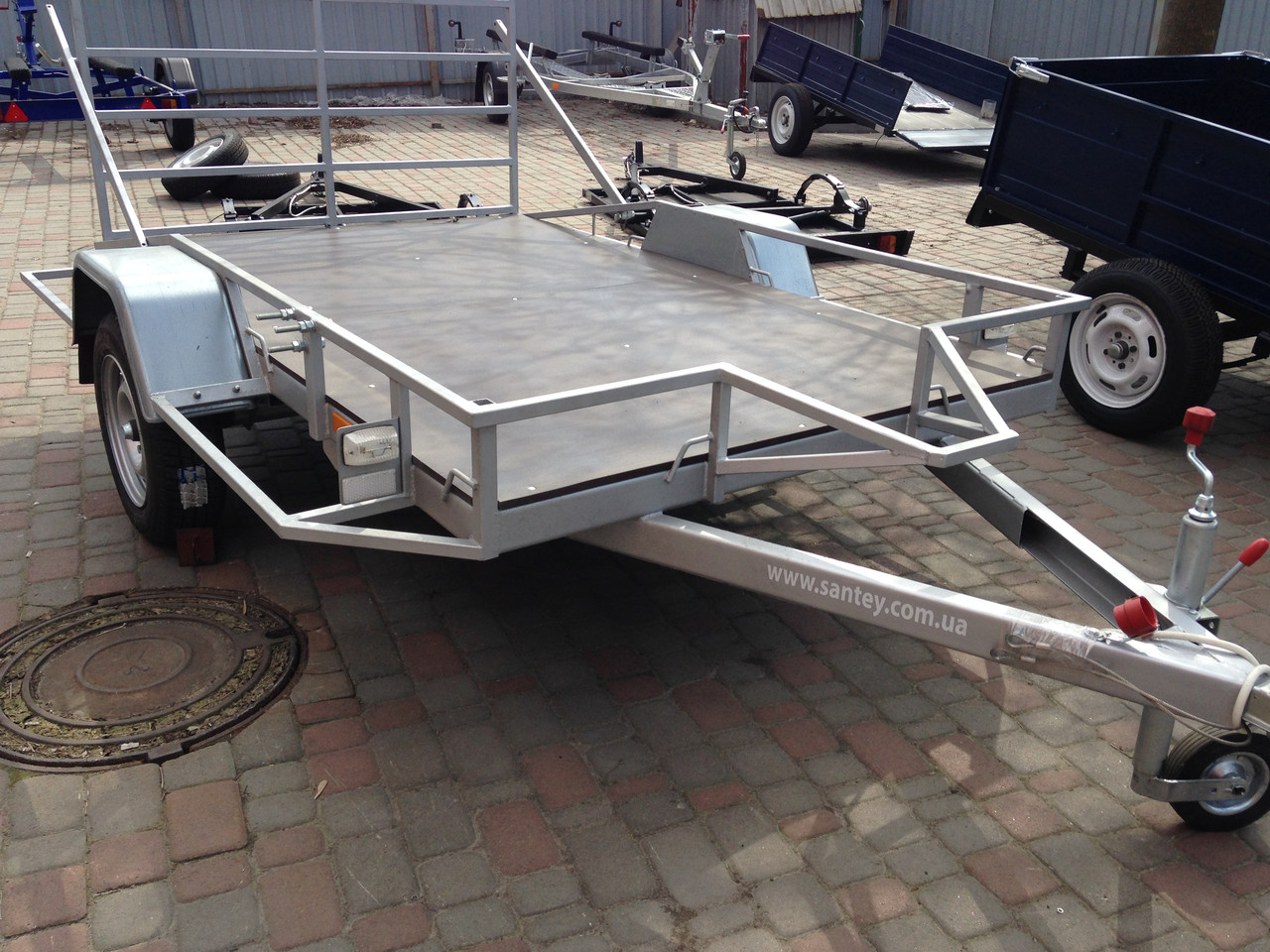 Крылья на прицеп для легкового автомобиля 26