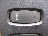 Кнопка обогрева зеркал б/у на Renault: Master, Trafic; Opel: Movano, Vivaro год 2003-2010