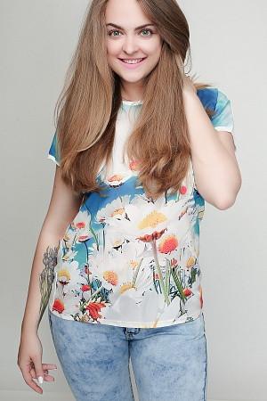 Женская футболка батал Ромашки
