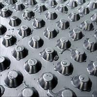 Профилированная мембрана ИЗОСТУД 400 г/м2 для защиты стен фундаментов, гидроизоляции, дренажа