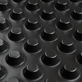 Шиповидная мембрана ИЗОСТУД 500 г/м2 для защиты стен фундаментов, гидроизоляции, дренажа