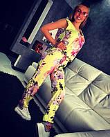 Костюм с цветочным принтом майка с декольте+штаны