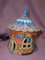 Керамический домик электрический светильник ночник  10см высота