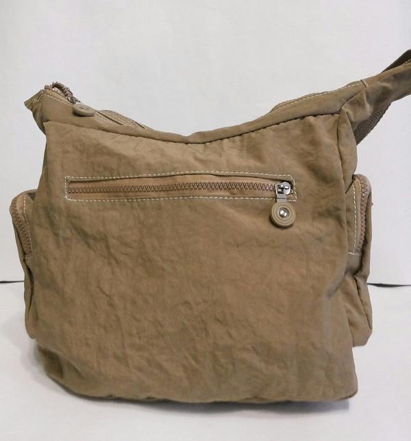 коричневая сумка в клетку :