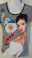 Женская футболка Rihanna
