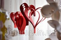 Как сделать гирлянду из сердечек своими руками?