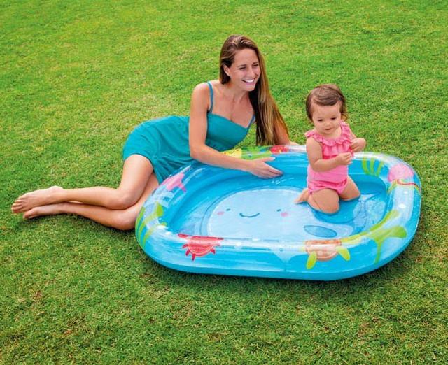 надувной бассейн для маленьких детей кит