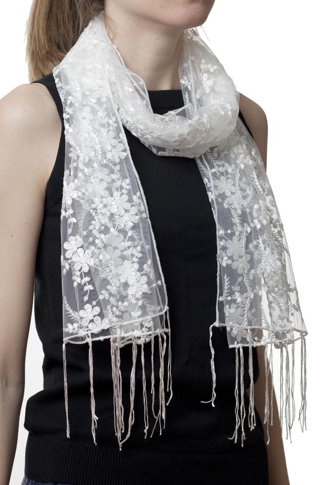 Свадебный шарф бежевый гранд 1
