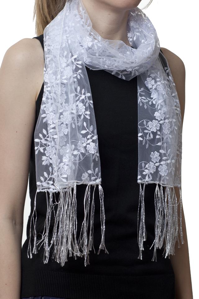 Свадебный шарф белый бутончик 1