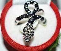 Кольцо на руку, белый металл, белые стразы, черная эмаль 23_5_1a9