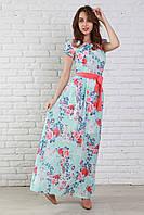 Модное платье с глубоким вырезом капелькой