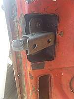Замок крышки багажника ВАЗ 2103 2106