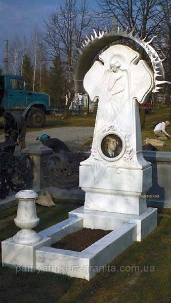 Крест из мрамора № 45