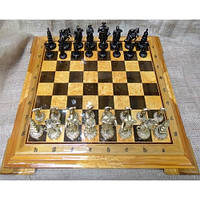 Шахматные фигуры + деревянная доска