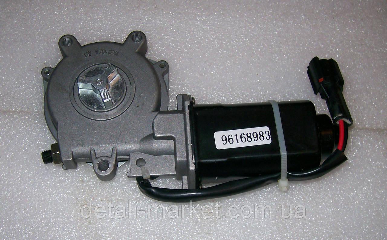Мотор стеклоподъемника передний Нексия