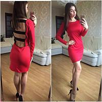 Необычное модное женское платье с открытой спиной и полосками сзади