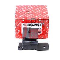 Подушка двигуна ліва NQR70 (8972016710/8971204971) JAPACO