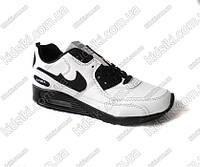 Спортивные женские кроссовки