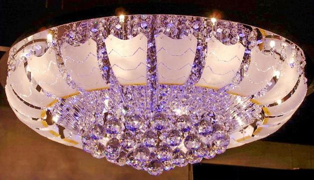 Шикарная светодиодная потолочная люстра