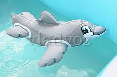 Надувная игрушка intex 58590 дельфин серый