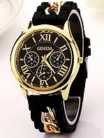 Женские черные часы на силиконовом ремешке