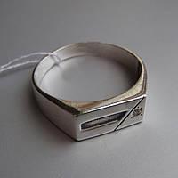 Стильная серебряная мужская печатка с фианитом, 3,9 грамма