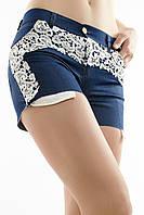 Женские темные джинсовые шорты с кружевом