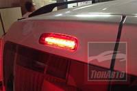 Додатковий сигнал гальмування на Dacia Logan MCV (світлодіодна вставка в штатний корпус)