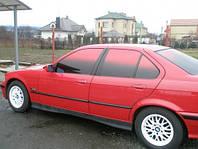 Тонировочная автомобильная пленка для тюнинга красная