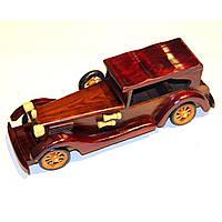Модель автомобиля из дерева N4