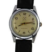 Полюс редкие антимагнитные механические часы СССР