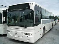 Лобовое стекло Volvo B 7 в резиновый уплотнитель