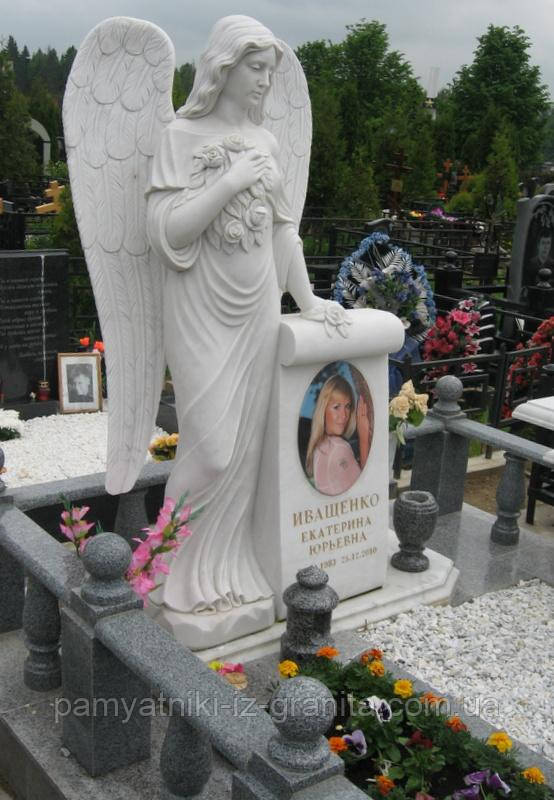 Скульптура ангела из мрамора № 48