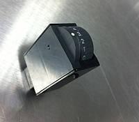 Кнопка включения противотуманных фар Subaru 83002AG000