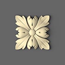 Різьблена розетка дерев'яна 60х60