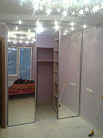 Шкаф-купе, гардеробная, 3 зеркальный двери