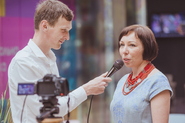Дефиле от ТМ Elizabeth посетила известный украинский дизайнер Оксана Полонец (фото).
