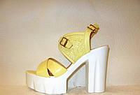 Босоножки женские стильные на толстом каблуке лаковые натуральная кожа