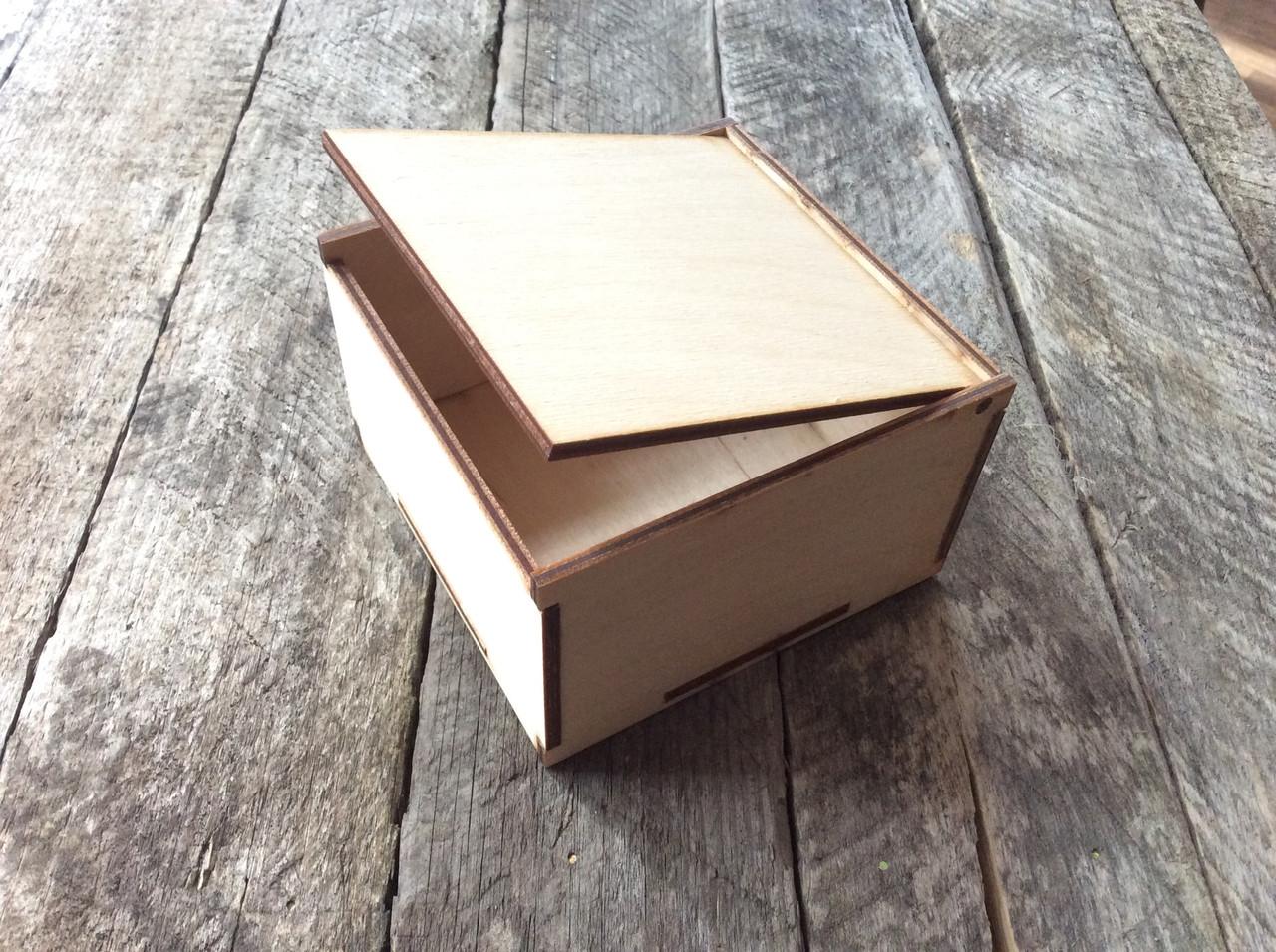 Декоративная коробка из фанеры - DOMINO Studio в Житомире