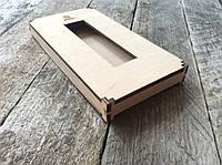 Деревянная подарочная  упаковка для телефонного чехла.