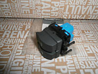 Кнопка  стеклоподъёмника (водительский на 2 кнопки) Renault Trafic 07->10 Renault Оригинал Франция 8200108269