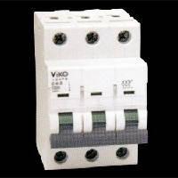 Автоматический выключатель 3C (трёхполюсный) 16А 4,5КА 230/400V Тип C VI-KO 4VTB-3C16