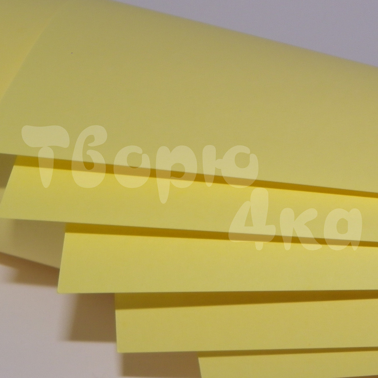 Бумага цветная А4 160 гр/м.кв light yellow (желтый)