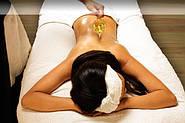 Аюрведический массаж с помощью масла